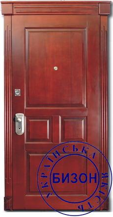 Входные двери покрытые натуральной филенкой